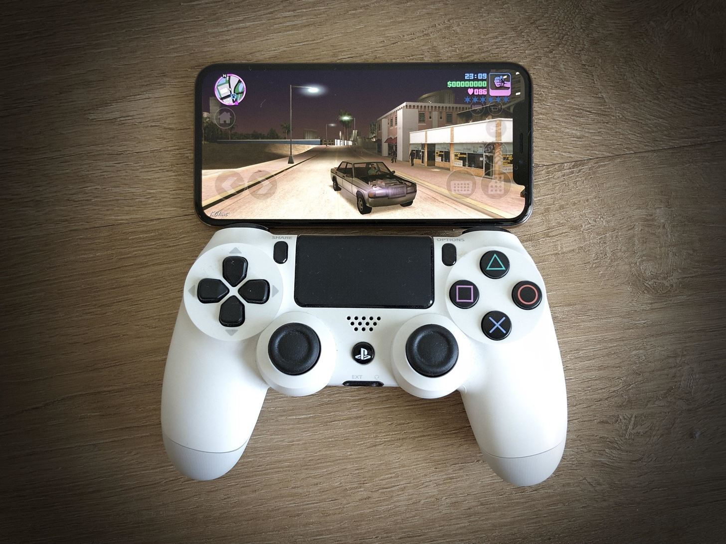 Connect Your PS4 Controller to Your iPhone in iOS 13 for Easier Gameplay