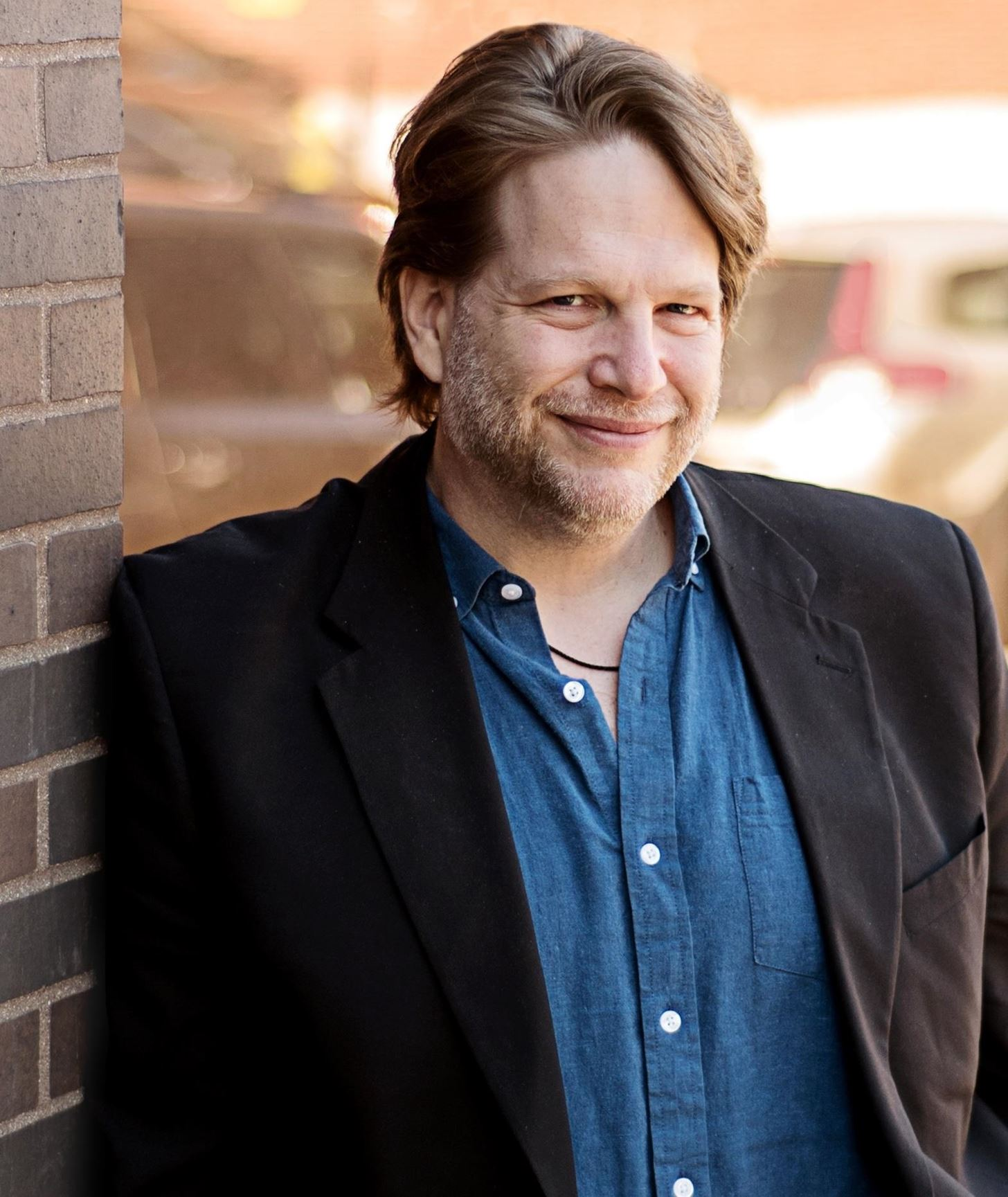 Social Media All-Star Chris Brogan Shares His Top Tips on Mastering Mobile