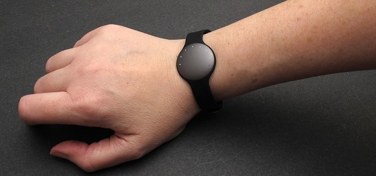 The Quarter-Sized Fitness Tracker That Doesn't Need to Be Charged