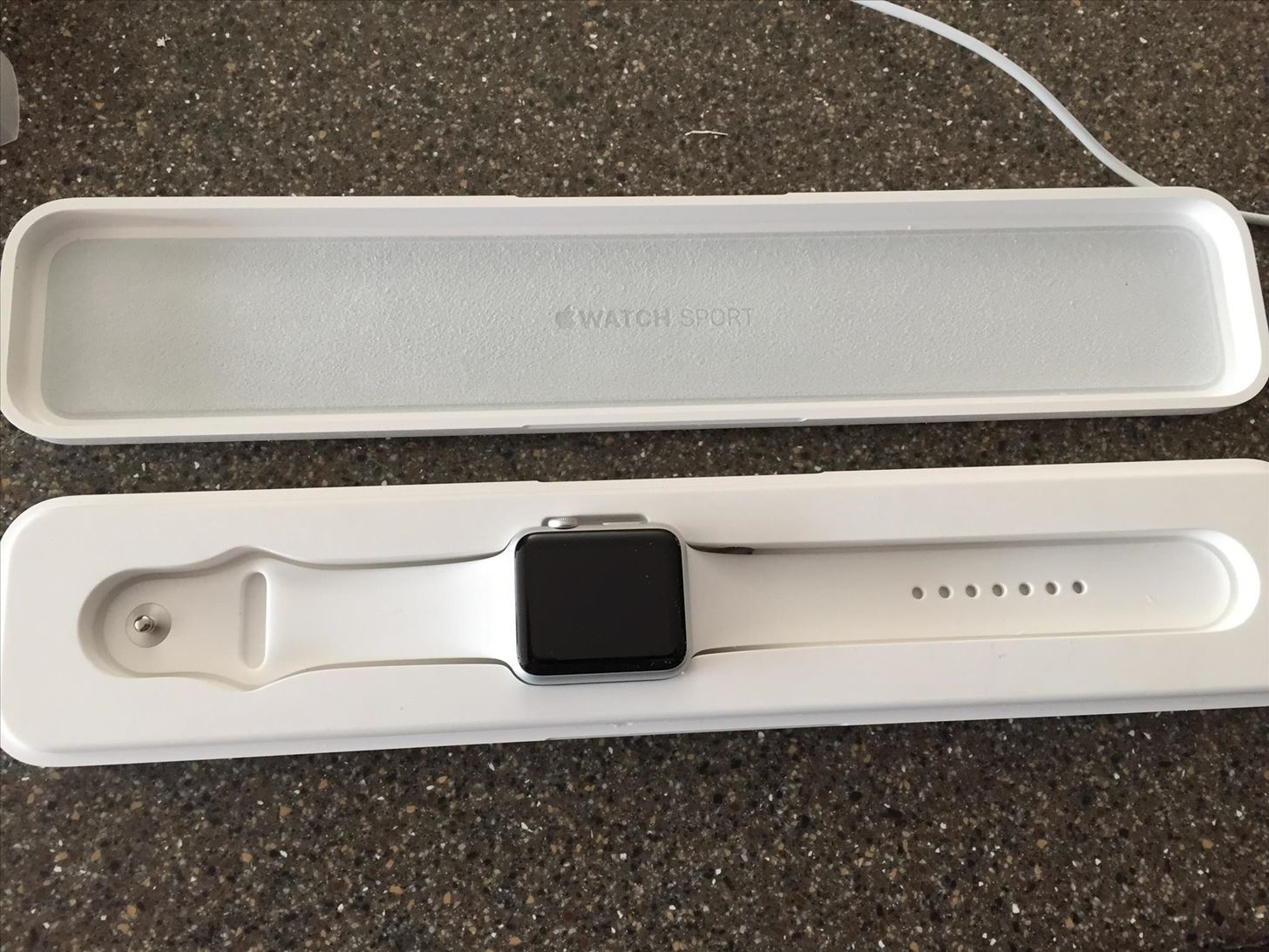How to Turn Your Apple Watch Case into a Charging Dock