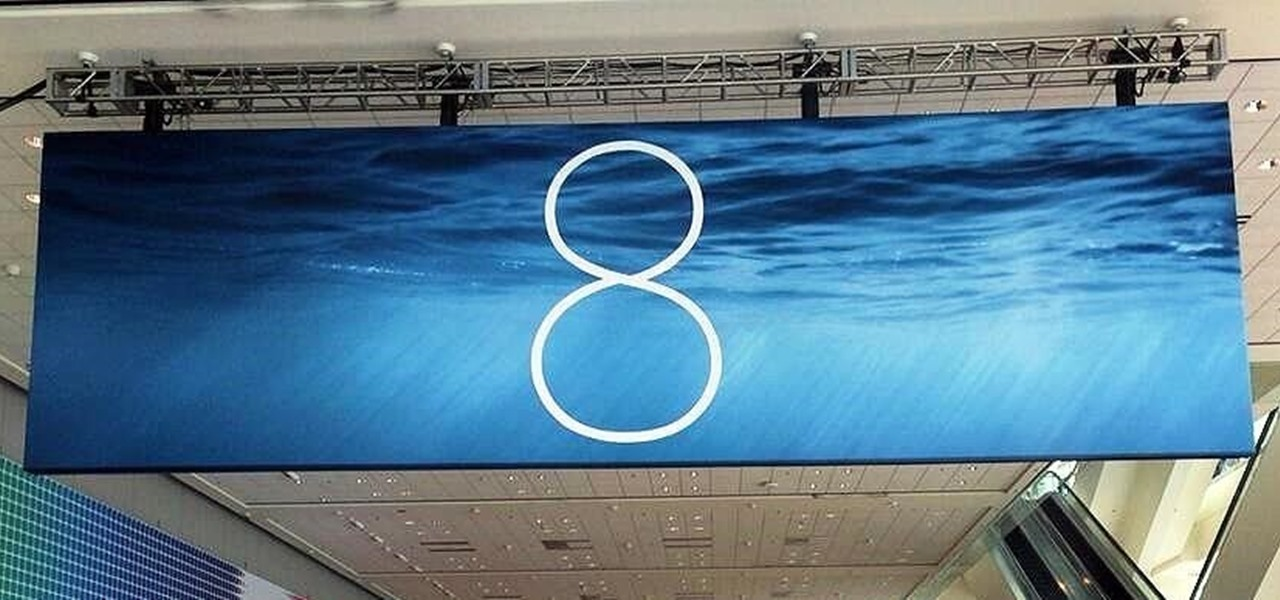 """(Updated) Your First Real """"Look"""" at iOS 8"""