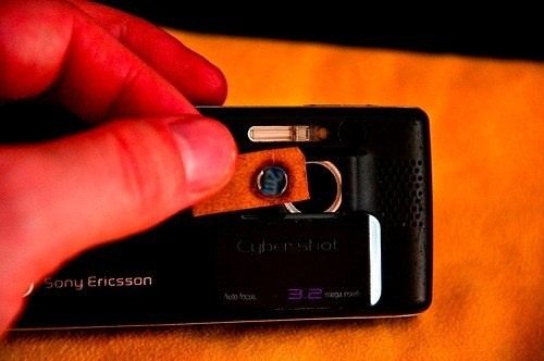 5 Simple Ways To Add A Macro Lens To Your Smartphone