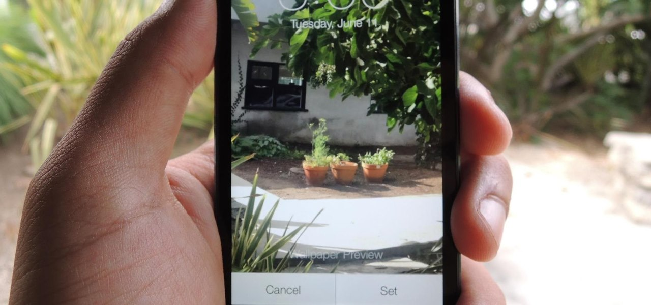How To: Set a Panoramic Photo as a Live Wallpaper in iOS 7 on Your iPhone