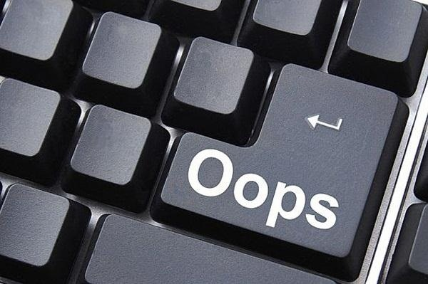 """Oops! Hit """"Send"""" Too Soon? Here's How to Recall Sent Emails on Almost Any Platform"""