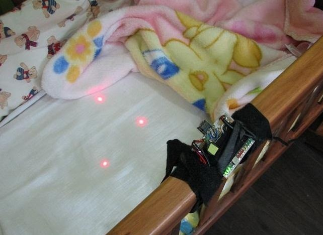 This DIY Baby Monitor Uses Lasers and a Wiimote to Detect Your Child's Breathing