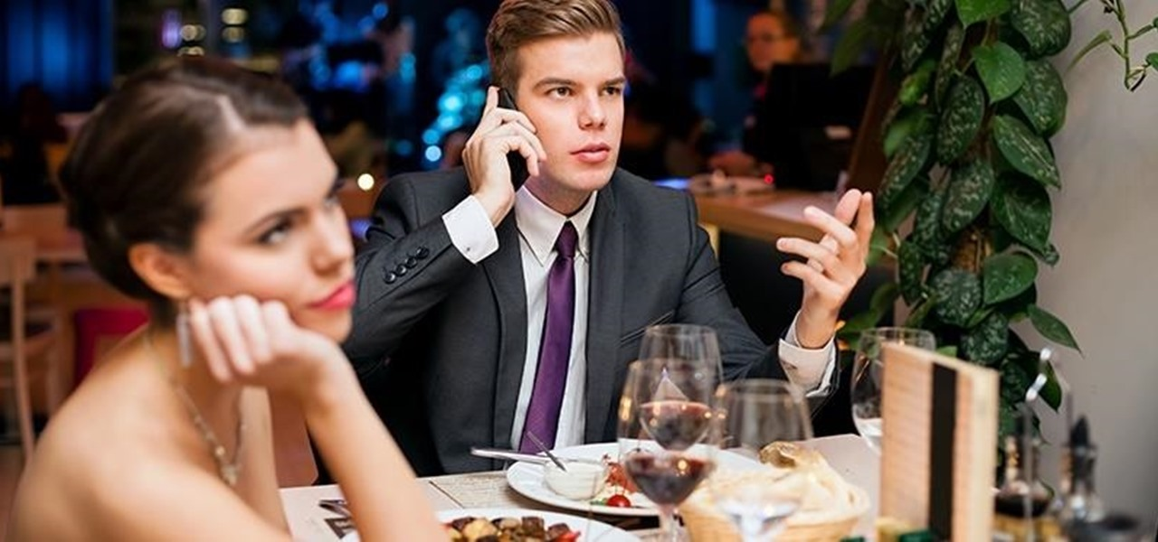 Set Fake Incoming Calls on Your iPhone to Escape Bad Dates & Boring Meetings