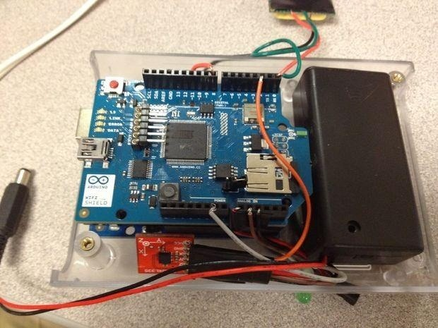 How Much Time Do You Spend Indoors and Outdoors? Find Out with This DIY Arduino Tracking Device!