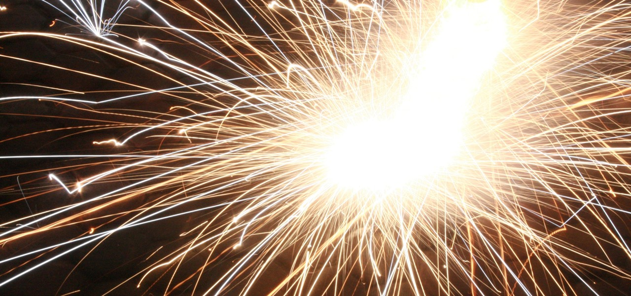 Take Amazing Long-Exposure Photos of Fireworks with Your Android Phone