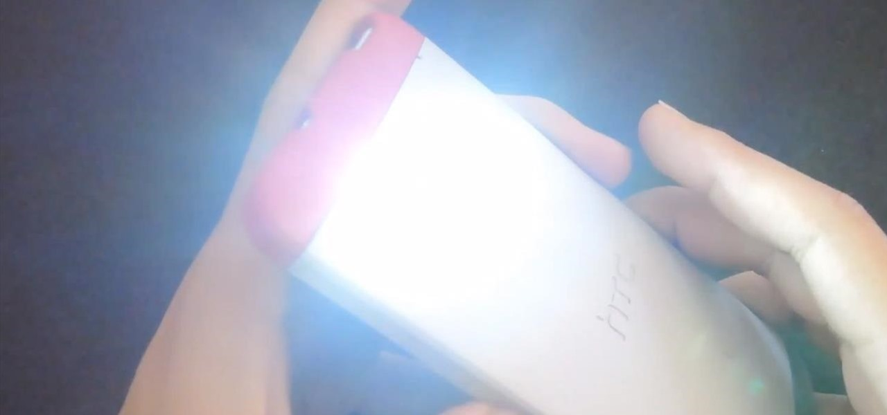 Set the Volume Buttons to Instantly Control the Flashlight on Your HTC One