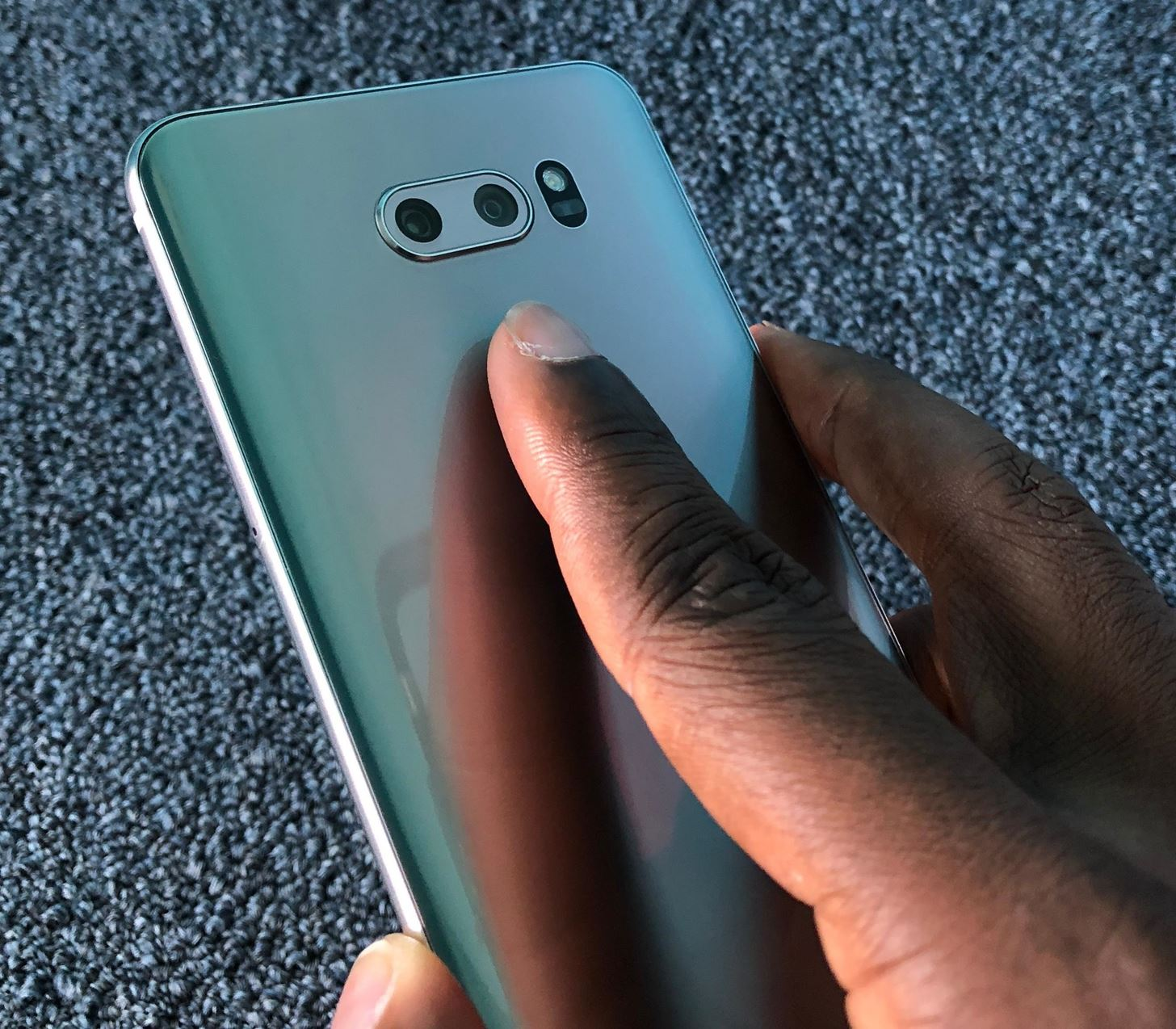 How to Improve Fingerprint Scanner Accuracy on Your LG V30 « Android