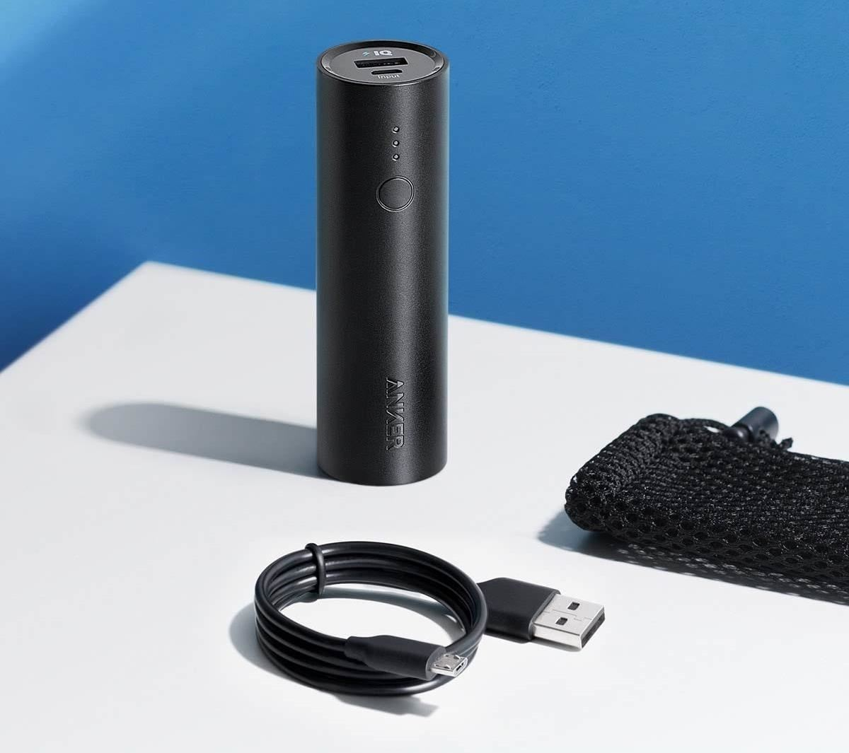 2019 Gift Guide: Must-Have Smartphone Accessories for the Traveler