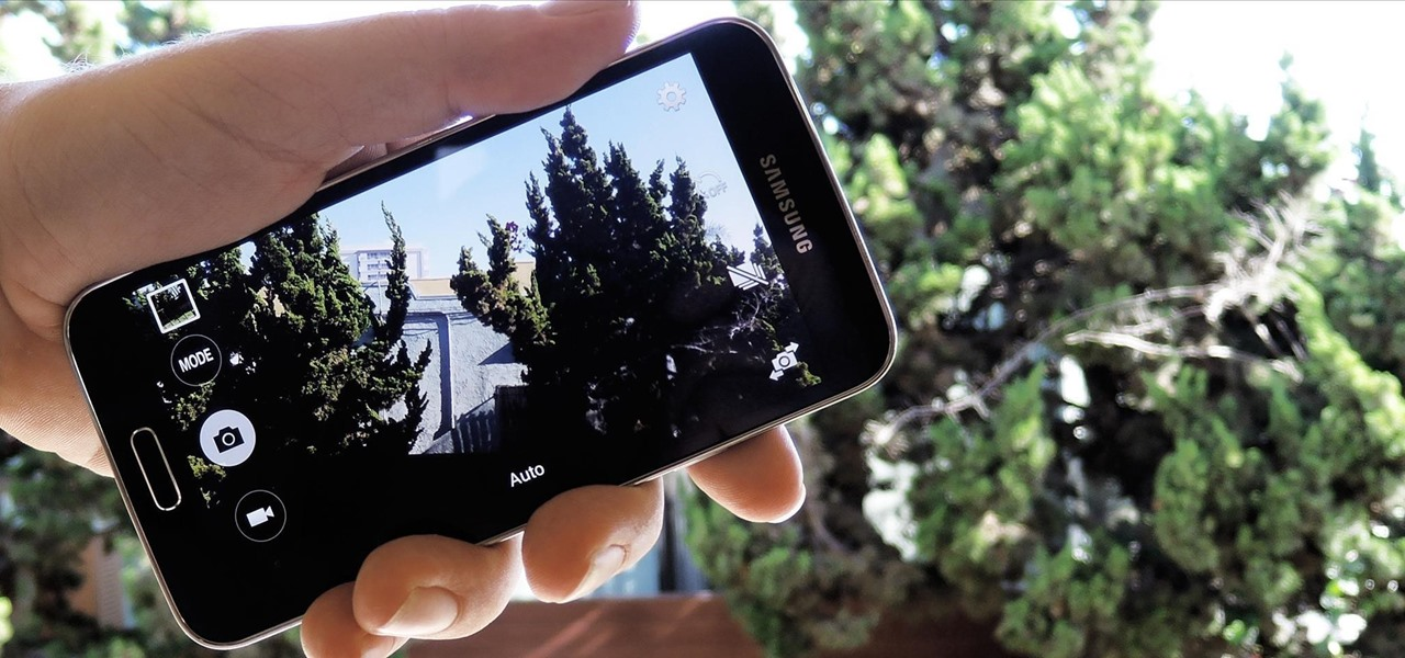 Flick Open the Camera App on Your Samsung Galaxy S5