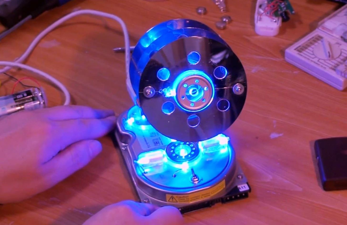 How to Turn a Hard Drive into a Desktop LED Penholder & Hidden Drive
