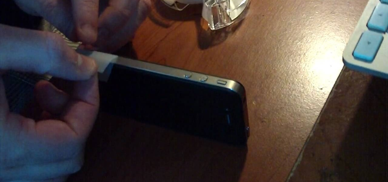 Fix Your iPhone 4 Antenna with Scotch Tape
