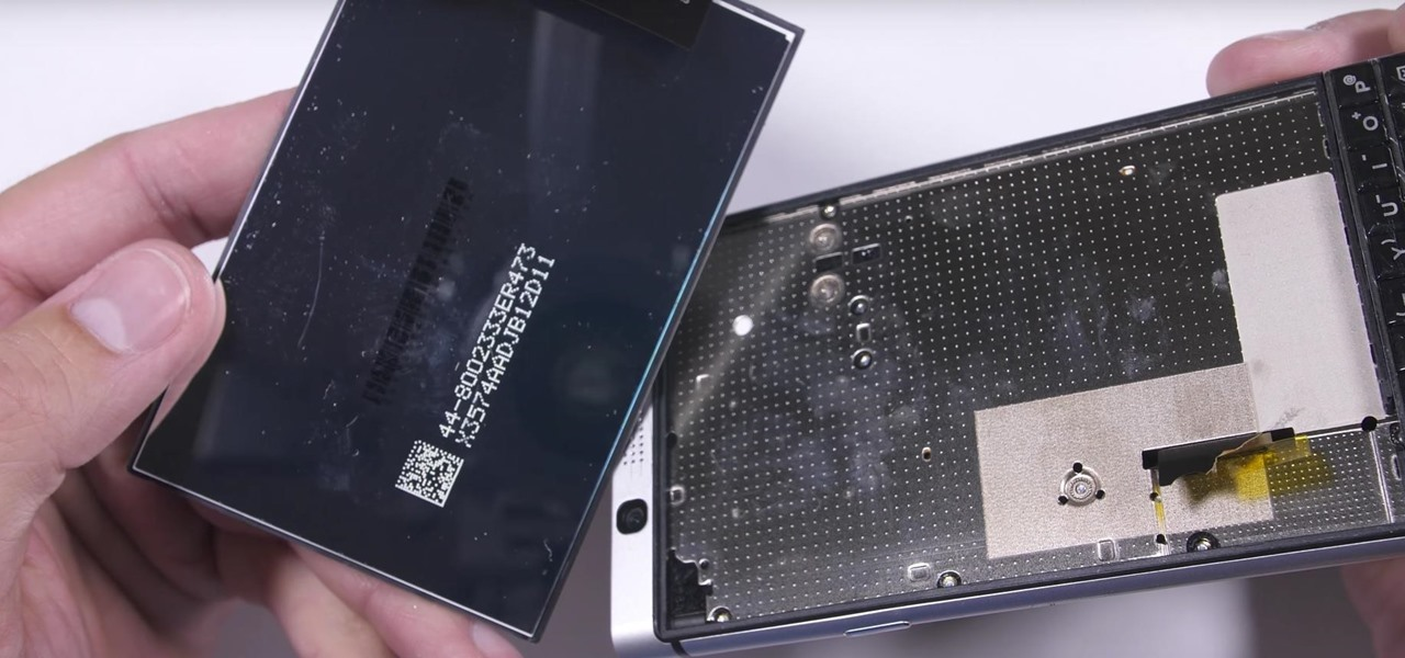 Durability Test Reveals BlackBerry KEYOne's Screen Isn't Actually Glued to the Phone