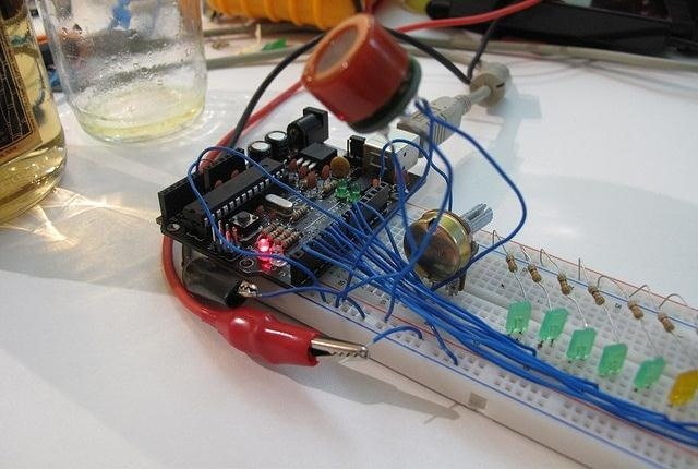 Measure Who's the Drunkest (+ Avoid DUIs) with a DIY Arduino Breathalyer