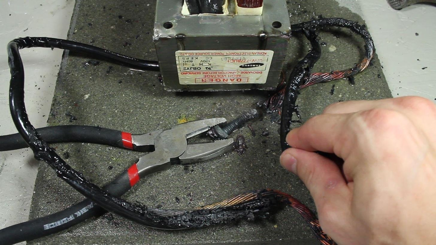 How To Make An Ac Arc Welder Using Parts From Old Microwave Part Wiring Two Transformers In Series Error Occurred