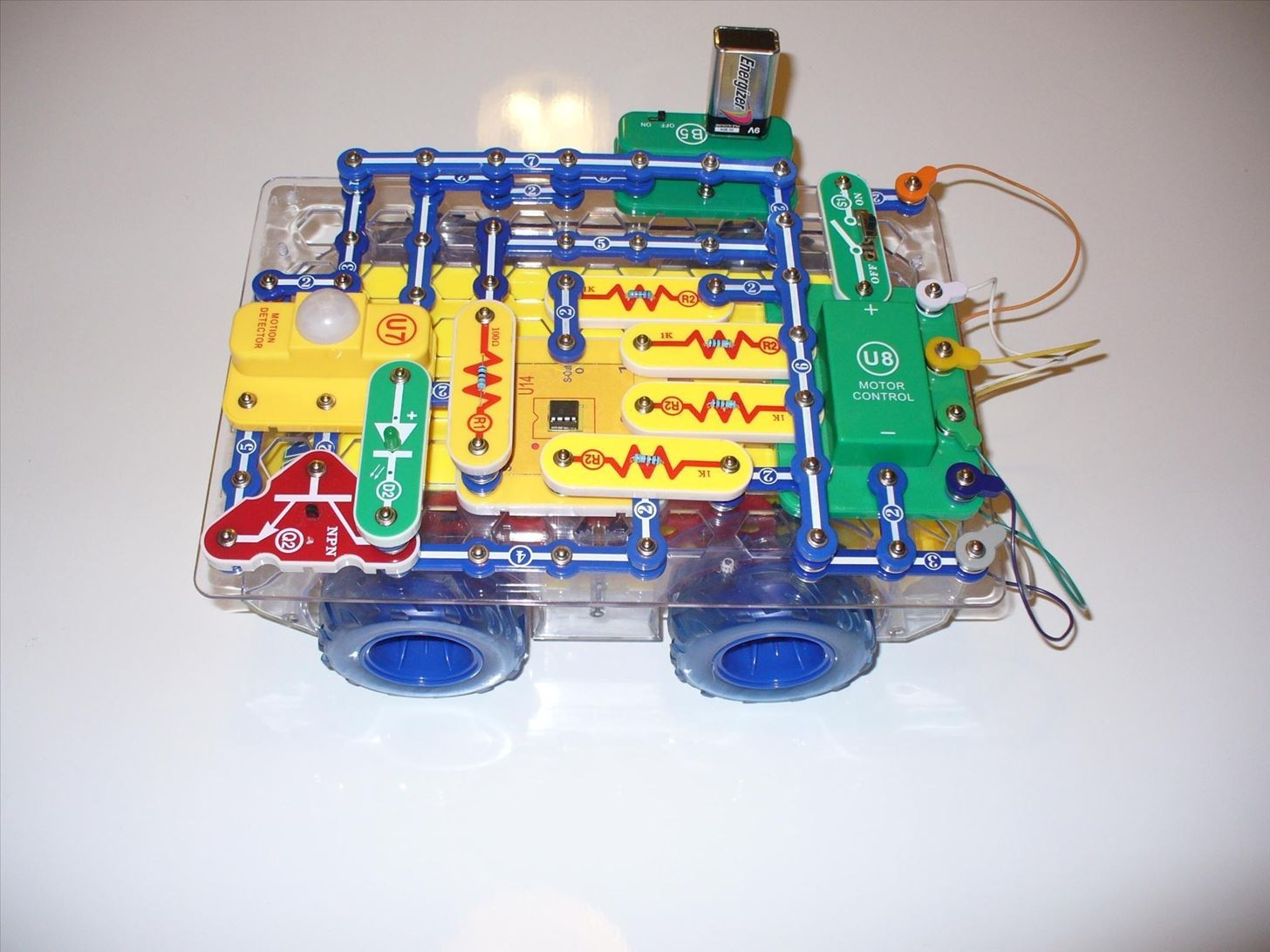How to Build a Programmable Robot with Snap Circuits