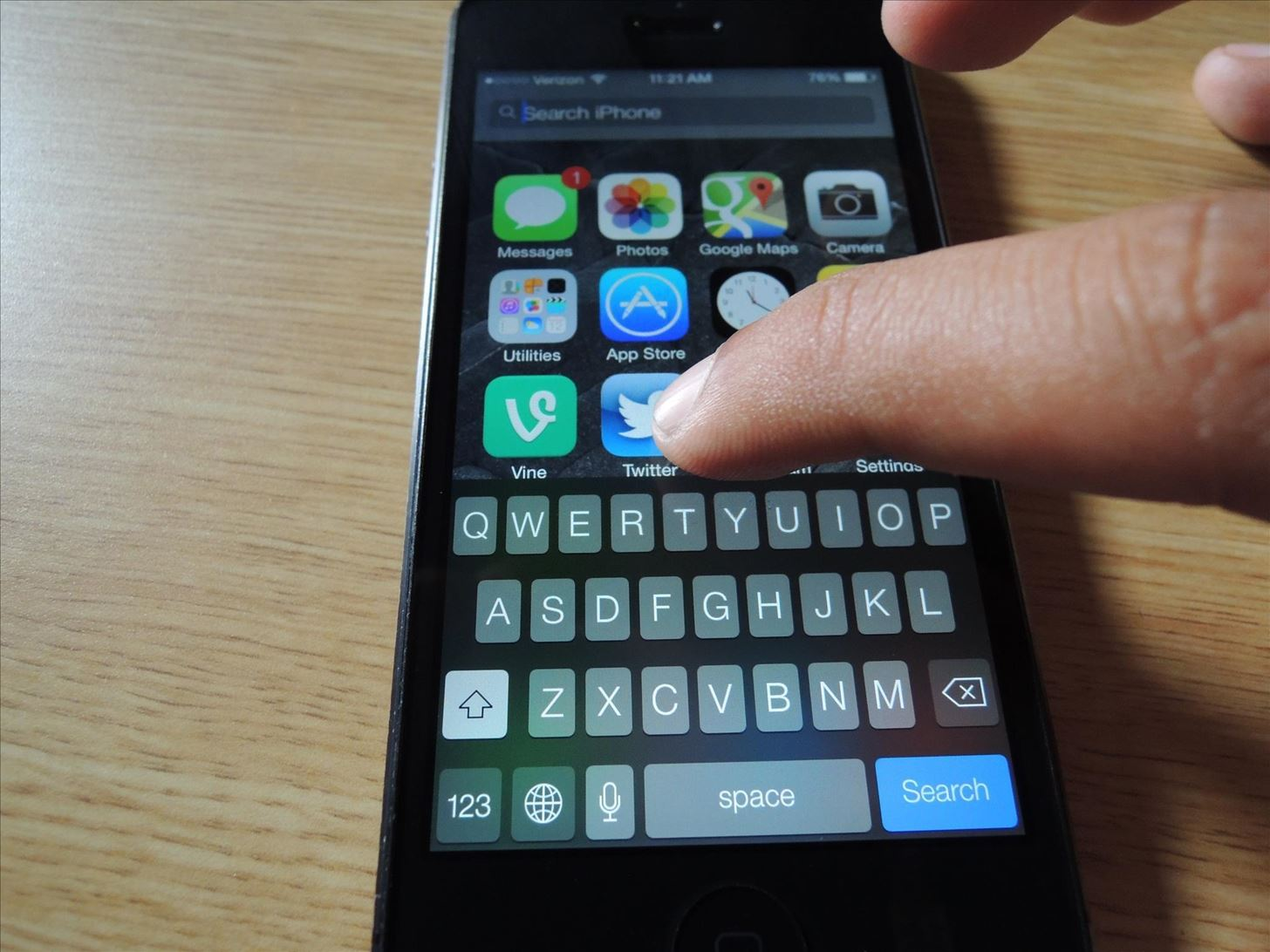 How to Open Spotlight Search in iOS 7 to Find Apps, Contacts, Music, and More