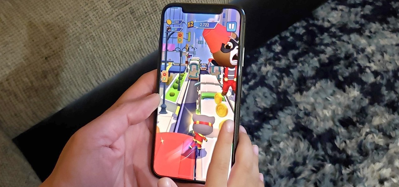 Play Talking Tom Hero Dash on Your iPhone Right Now