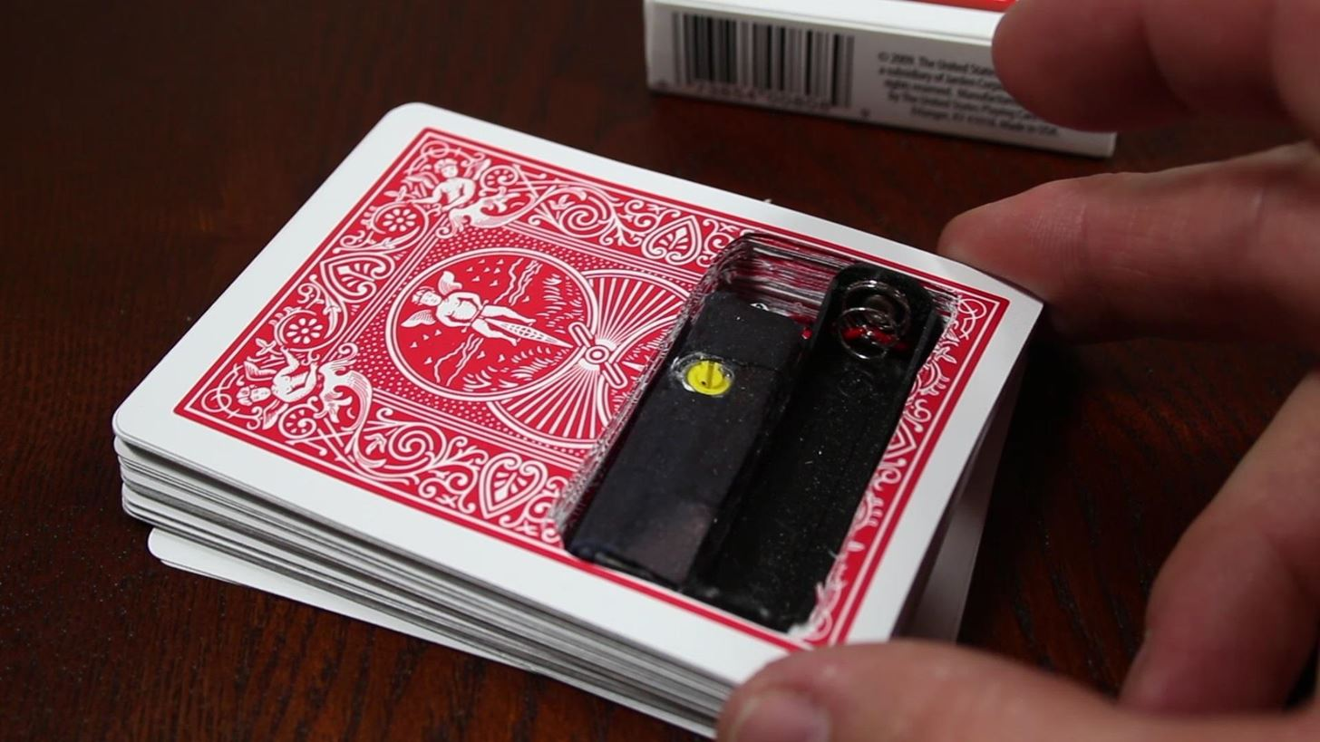 "How to Make a ""Shocking"" Deck of Prank Playing Cards Packed with 330 Volts of Electricity"