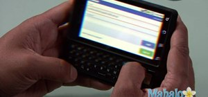 Use the Facebook app on a Motorola Droid phone