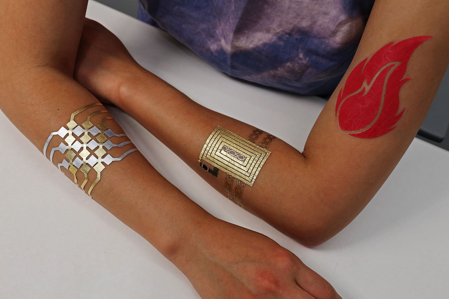 MIT's Temporary Tattoos Turn Your Skin into a Touchpad