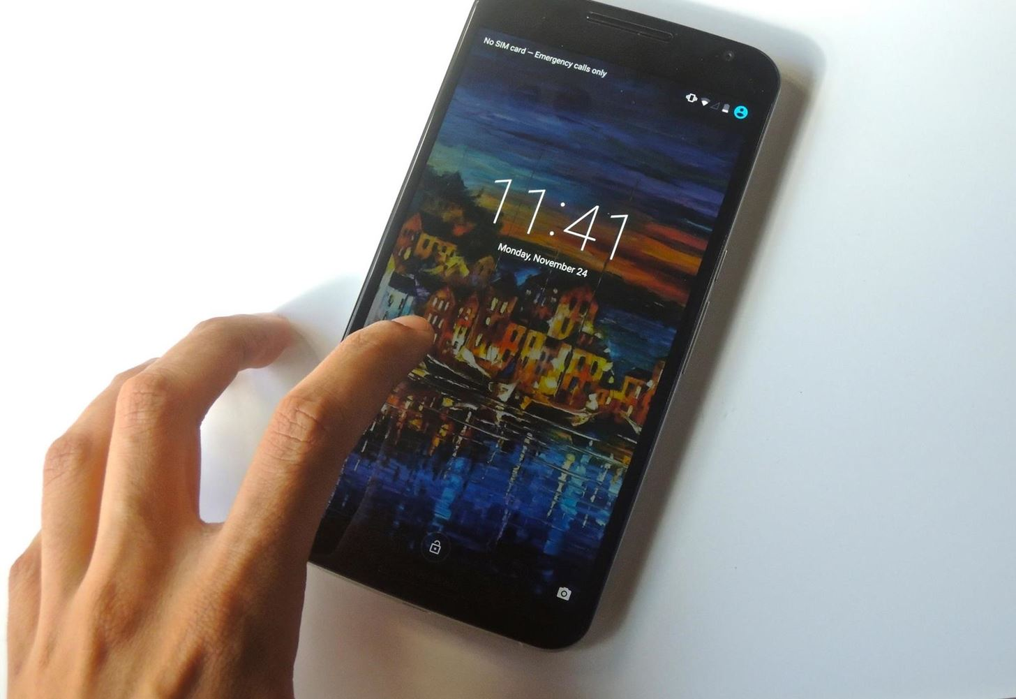"Enable the Hidden ""Double Tap to Wake"" Feature on Your Nexus 6"