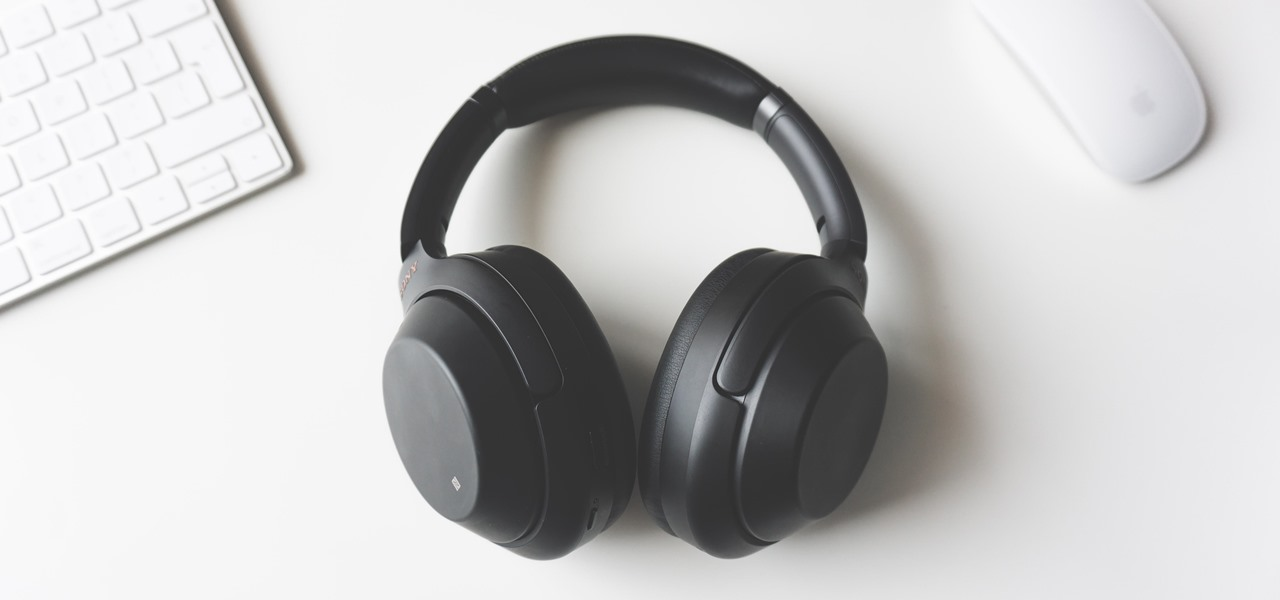 The Best Black Friday 2019 Deals on Headphones for Your Smartphone