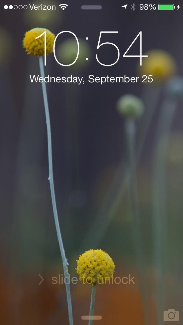 Whenever You Receive A New Alert The Lock Screen Wallpaper Blurry This Is Because Of Translucent Notification Panel Which Adds Prominence To