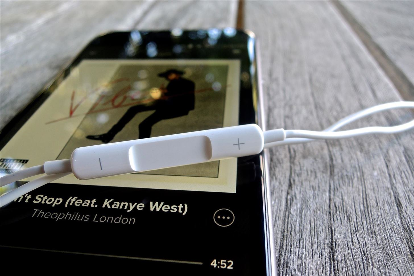 Get More Out of Your Apple EarPods with These Tricks « iOS