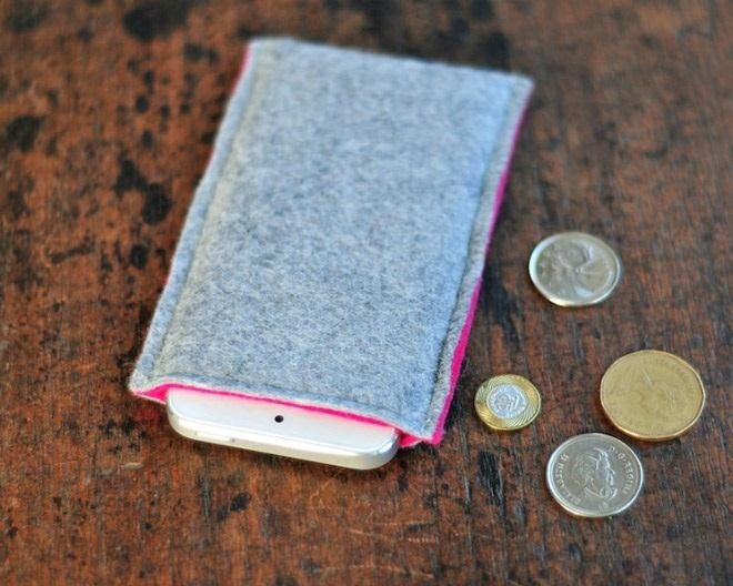 How to Make a Super Simple Wool Felt Sleeve for Your iPhone (Or Any Smartphone)