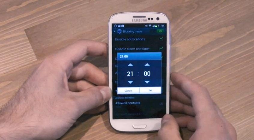 How to Use Blocking Mode to Disable Alerts at Specific Times on a Samsung Galaxy Device