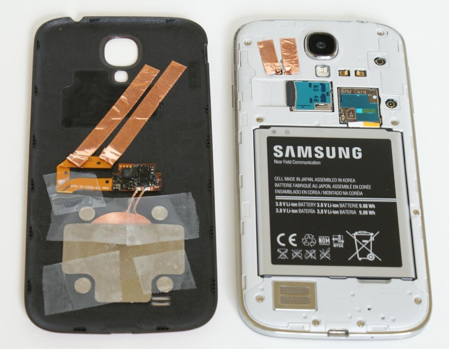 How to Add No-Bulk Wireless Charging to Your Samsung Galaxy S4 for Under 30 Bucks