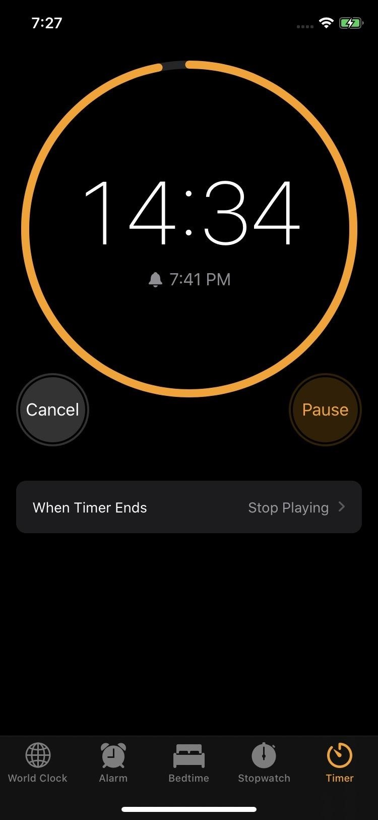 Set a sleep timer on your iPhone to help you fall asleep after falling asleep not be aroused by music, movies, podcasts and other media.