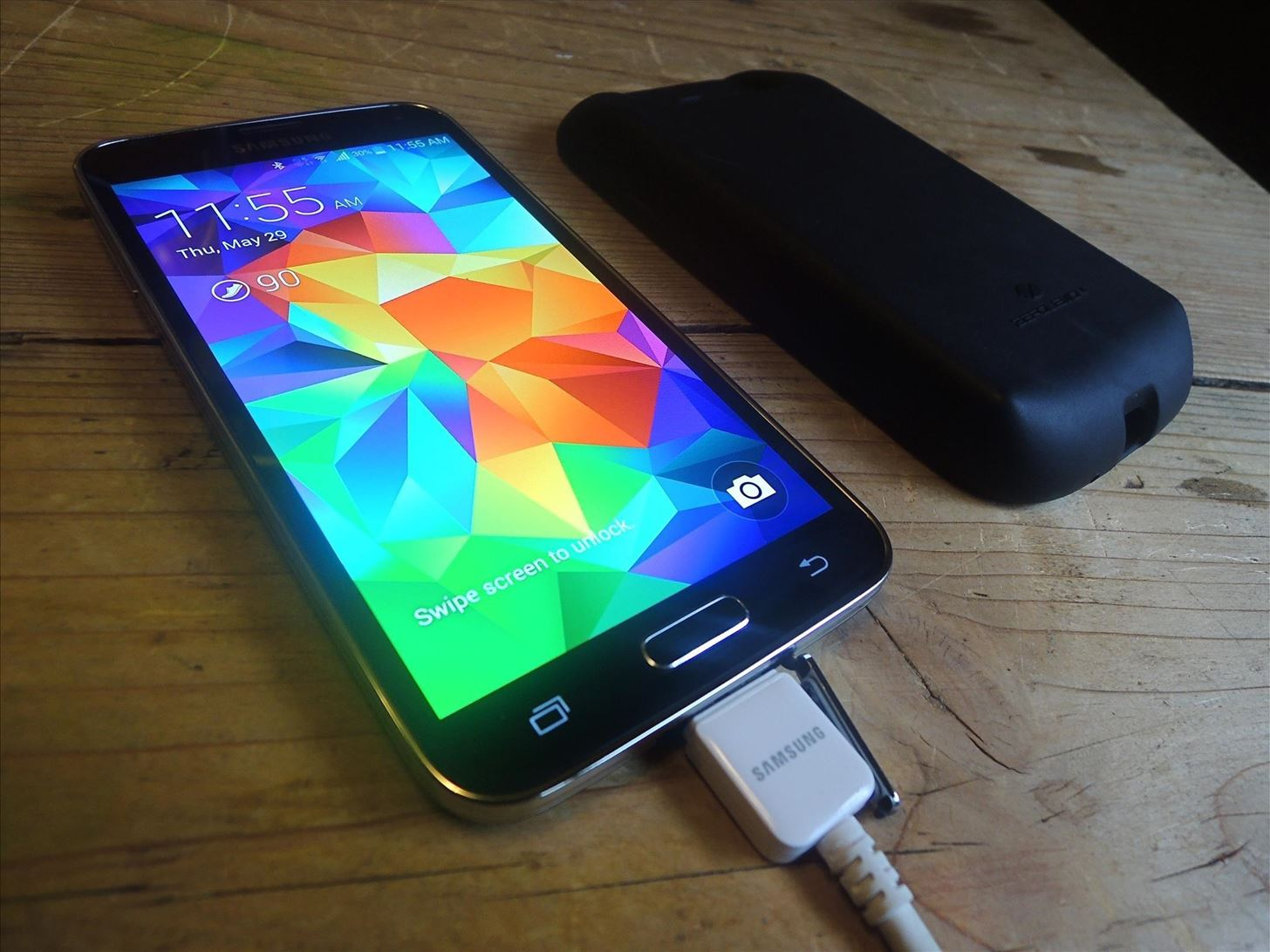 samsung galaxy s5. tip #4take off phone cover when charging samsung galaxy s5 h